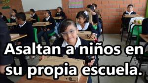 Asalto armado a niños de primaria en Ecatepec. Los despojan de sus tablets.