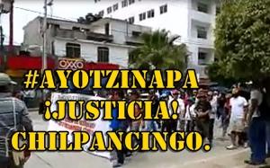 Chilpancingo se mueve en apoyo a los compas de #Ayotzinapa. #SOSporMéxico.
