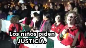 También los niños piden ¡JUSTICIA! Ayer, en la #AcciónGlobalAyotzinapa. #SOSporMéxico.