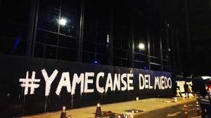 Ni los mismísimos nazis hubieran podido incinerar a 43 cuerpos con llantas. #Ayotzinapa