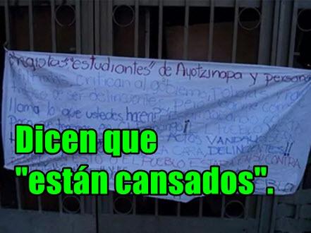 Mexicanos, afroamericanos y boricuas siguen informando sobre Ayotzinapa en NY.