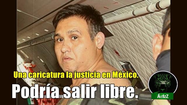 La policía que tú pagas, resguarda a #NarcoTelevisa por los 'violentos de Ayotzinapa'.