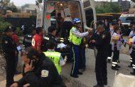 7 muertos y diez heridos en el derrumbe de una obra en la capital (video)