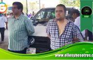Autodefensas detienen a dos elementos de la PGR por extorsionadores en Guerrero