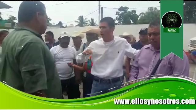 Diputadete del PAN amenaza a ciudadanos con que su guarura les puede disparar