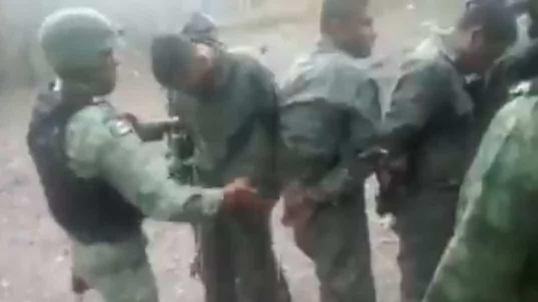 Detienen a soldados que entrenaban gente del Cártel de Sinaloa