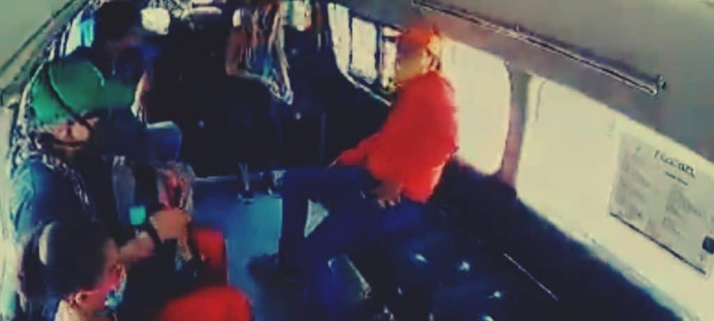 Dos asaltos en el transporte público; el segundo con final feliz